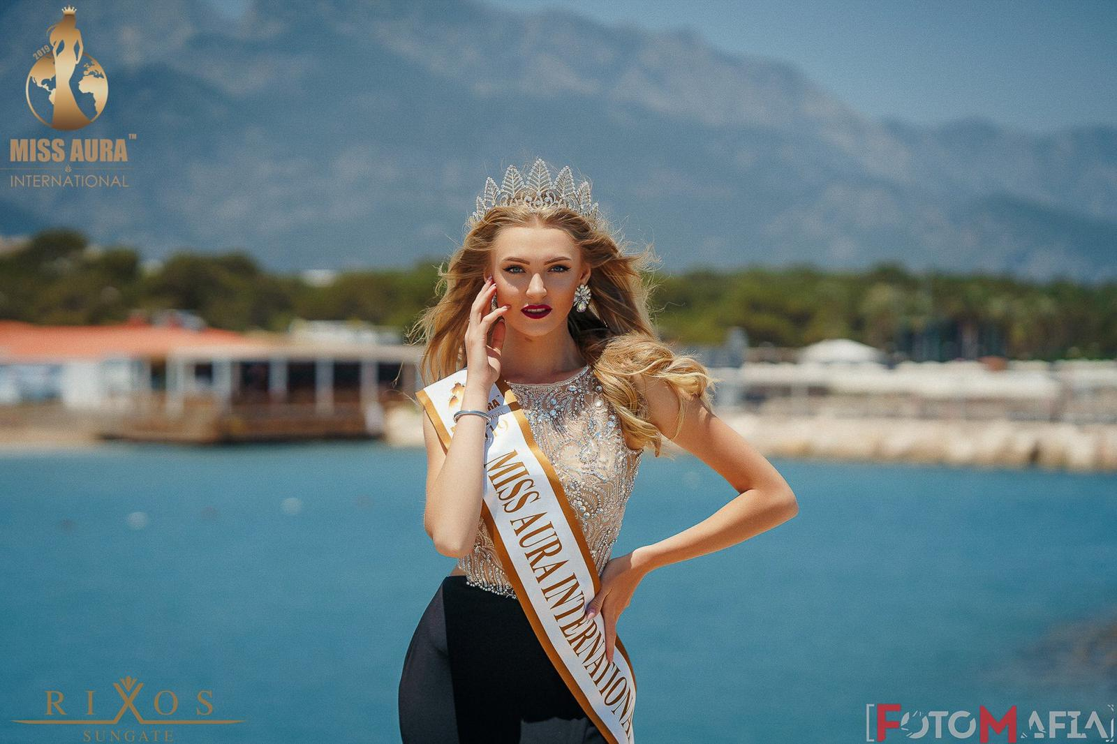 malirova-miss-aura-international (21).jpeg